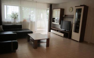 Schicke, geräumige 4 Zimmer Wohnung in ruhiger Lage, Balkon & Stellplatz