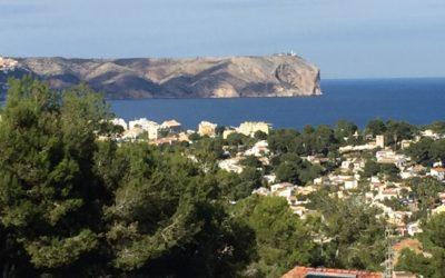 Verkauft ! – Moderne Villa mit Meeres-Panoramablick & separatem Gästeappartement