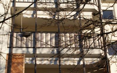 Schicke, geräumige 3 Zimmer Wohnung, Balkon & Stellplatz