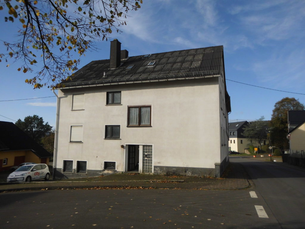 Mehrfamilienhaus, 7 WE, in Sensweiler, ca. 9 % Rendite